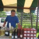 Prodaja domačih pridelkov na Jagodni nedelji na Jančah